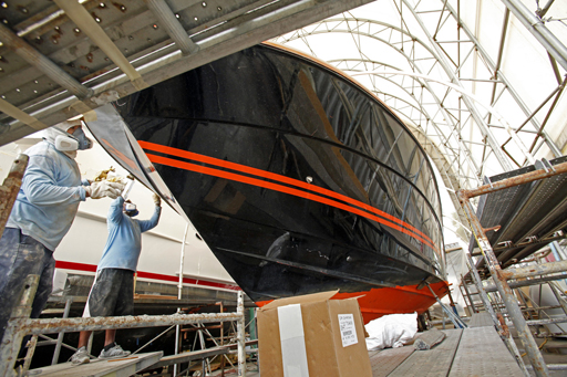 yacht fabrication, hull painting,deck painting